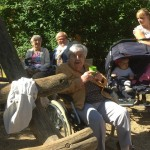 Auch die Bewohner aus dem Alten- und Pflegewohnheim sind dabei regelmäßig unsere Gäste. Herzlich Willkommen!