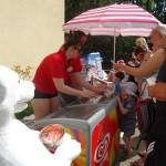 Eisstand - die Erfrischung des Tages bei 30 Grad